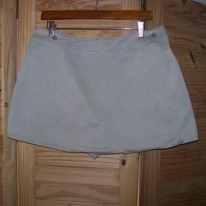 Calvin Klein Jean Khaki Skort 100% Cotton Size 11
